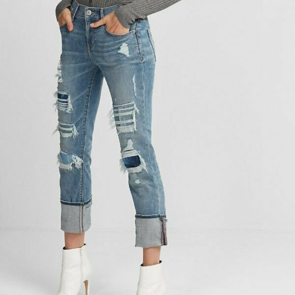 EXPRESS MID RISE DISTRESSED STRETCH+ PERFORMANCE CR0PPED SKINNY JEANS SIze 4